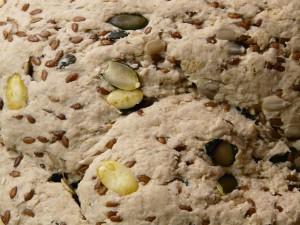 Bröddeg med linfrön