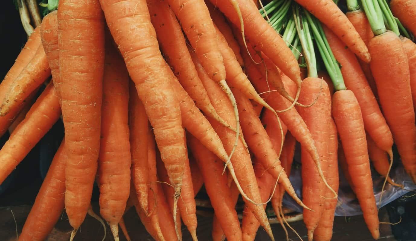 morötter - innehåller mycket betakaroten